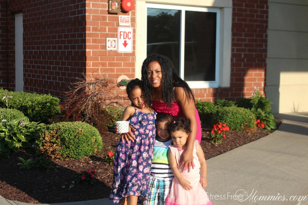 maxi dress for moms