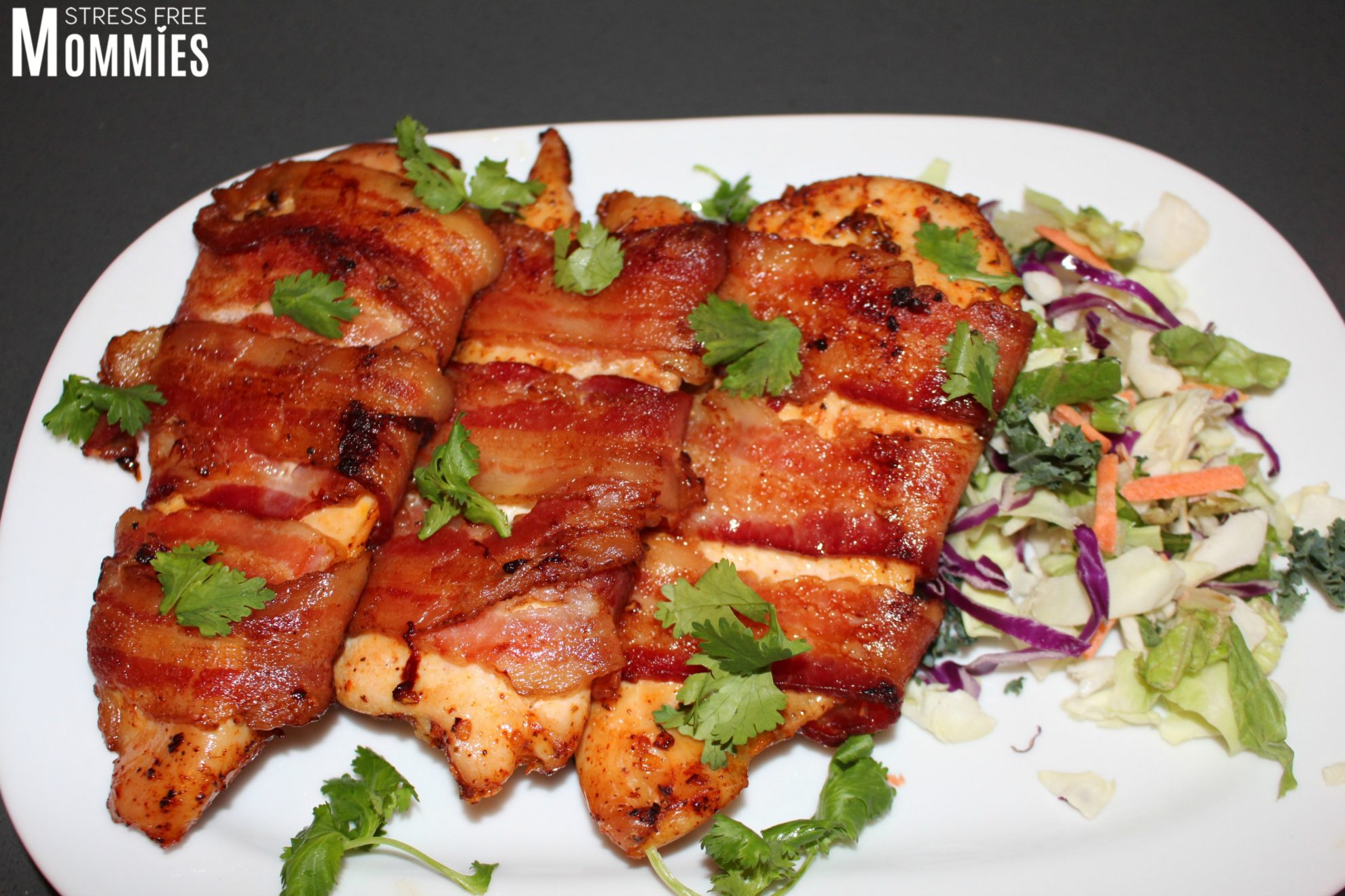 how to cook bacon wrapped chicken in the oven