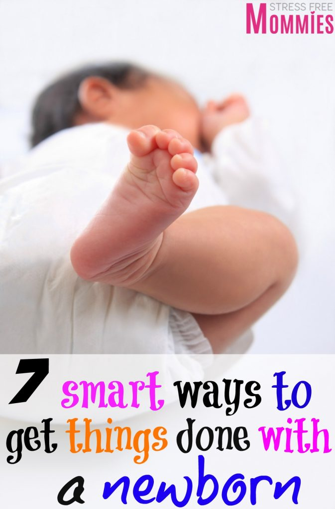 Newborn at home and can't get anything done around the house? Get the tips you need to get things done with a newborn. Simple tips to being more productive.