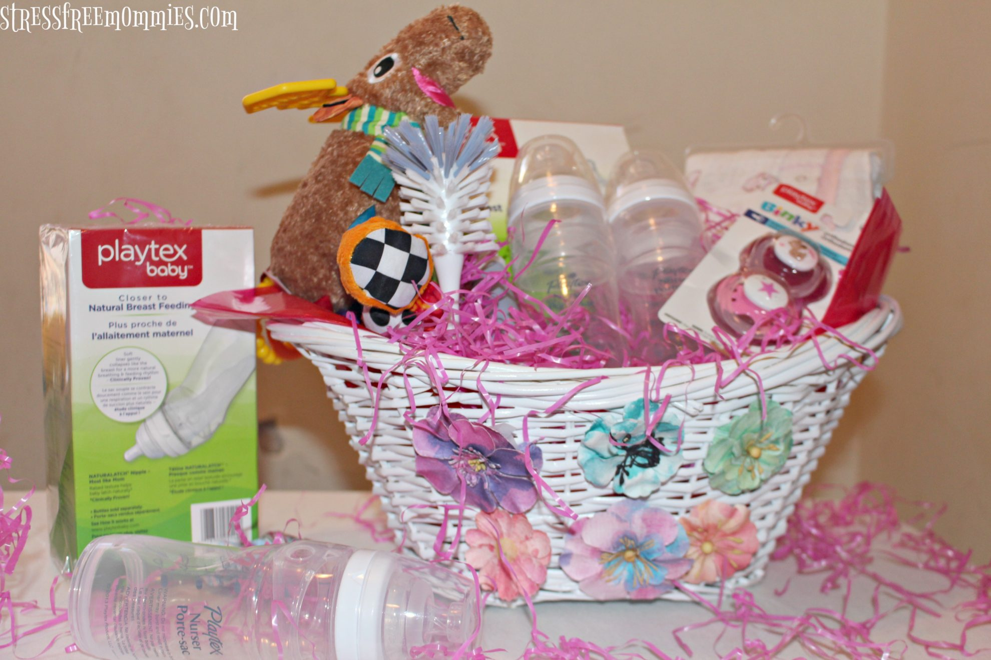 Baby Gift Basket Interflora : Super easy baby shower gift basket
