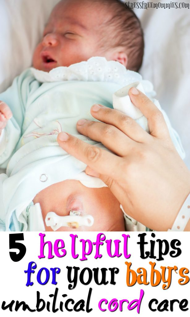 5 helpful tips for your baby's umbilical cord care- taking care of your baby's umbilical cord is very important and this article will help you do just that. Simple and clear tips that will guide you to care for your baby's umbilical cord the right way. A must read, it helped me so much! Pin now!
