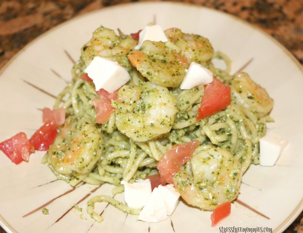 easy pesto spaghetti and shrimp
