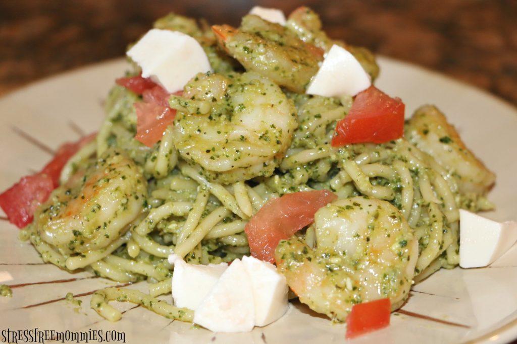 easy pesto spaghetti and shrimp