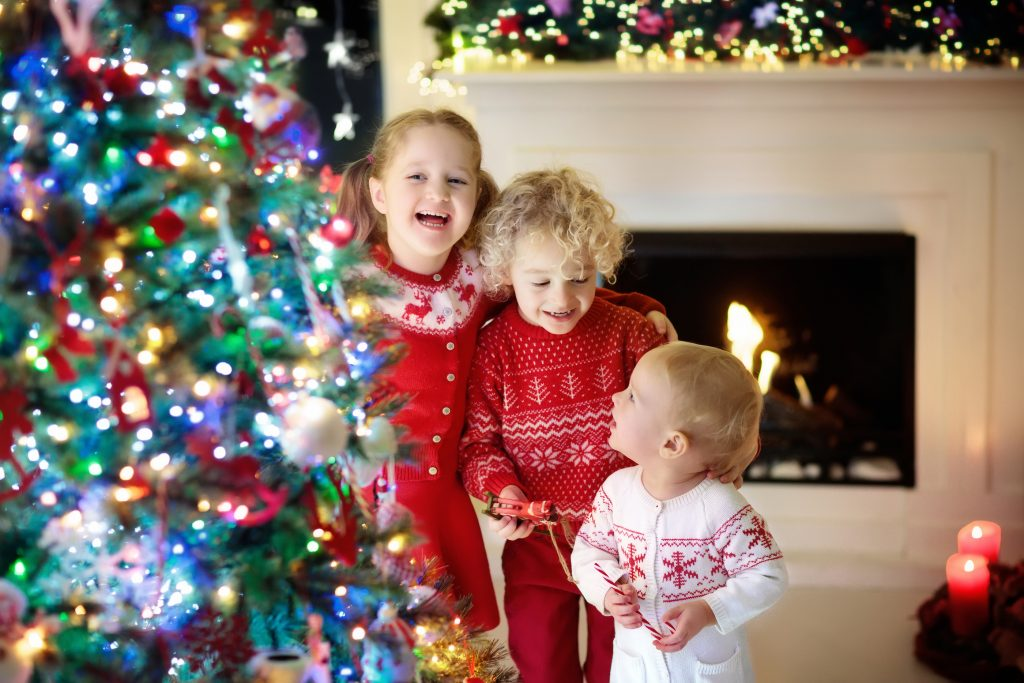 10 fun things to do with your kids this Christmas + free printable