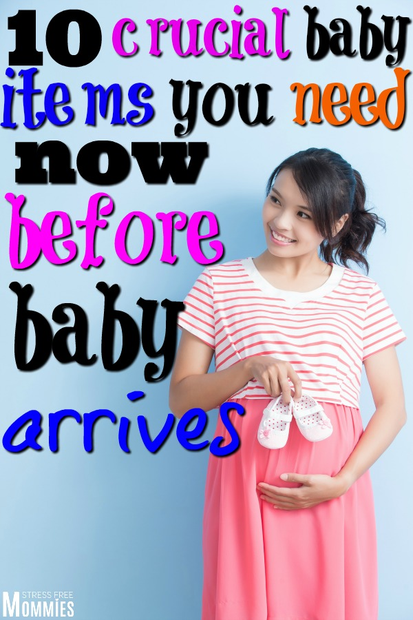 The ultimate list of baby items that you need now before baby arrives. An essential and basic baby items list you\'re going to need the first few months! #babyitems #thirdtrimester #pregnancy #newmoms