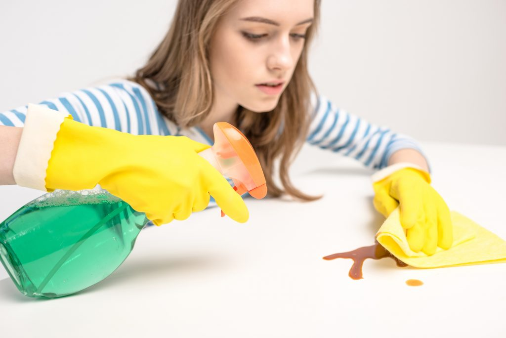 how to have a clean house with a newborn